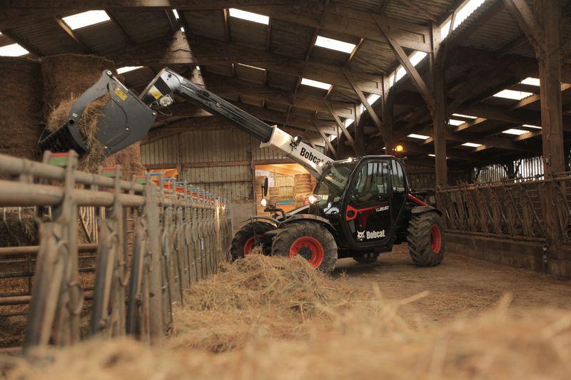 Телескопический погрузчик для сельского хозяйства Bobcat TL26.60+AGRI