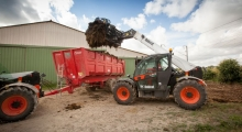 Телескопический погрузчик для сельского хозяйства Bobcat TL35.70+AGRI в деле