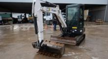 Мини экскаватор Bobcat E32 БУ вид спереди