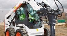 Колесный мини погрузчик Bobcat S550 в работе