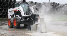 Колесный мини погрузчик Bobcat S630 в строительстве