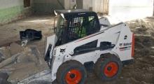 Колесный мини погрузчик Bobcat S630 в деле