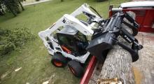 Колесный мини погрузчик Bobcat A770 в деле