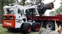 Колесный мини погрузчик Bobcat A770 перевозка груза