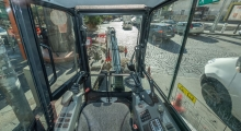 Мини экскаватор Bobcat E27z вид из кабины