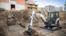 Мини экскаватор Bobcat E35z копает